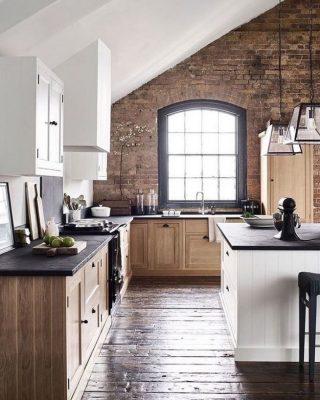Rosoiset pinnat keittiössä