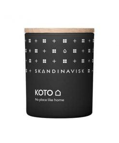 Skandinavisk Tuoksukynttilä, Koto
